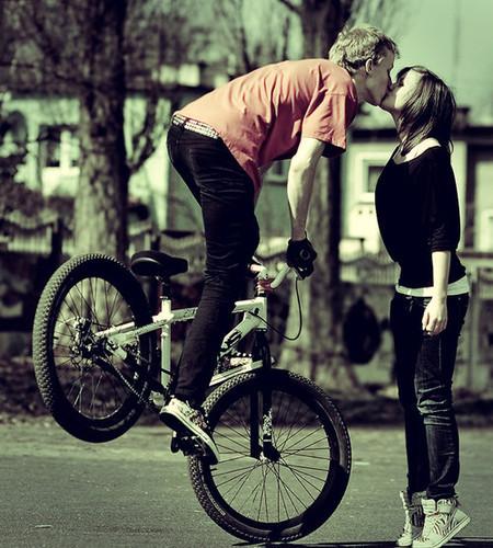 لب گرفتن با دوچرخه,2013,21014,lab gereftan ba docharkhe,english short story,داستان عاشقانه,داستان انگلیسی