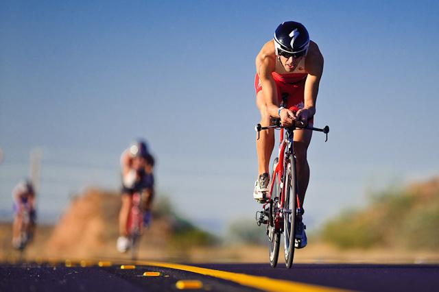 http://www.praquempedala.com.br/blog/wp-content/uploads/2012/05/Treino-ciclismo.jpg
