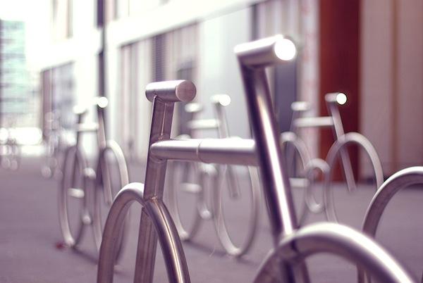 Mad_Bikes_01