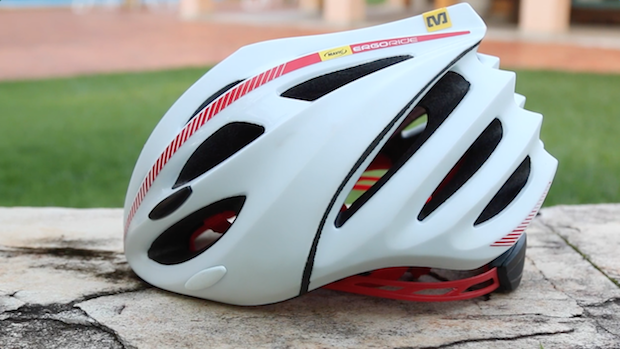 TV PraQuemPedala  Teste do capacete Mavic Syncro – PraQuemPedala 17cf06cd4c