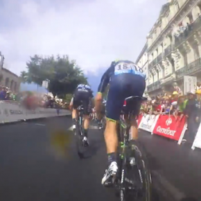 Vídeo: Câmera On-Board na emocionante chegada da 15ª etapa do Tour de France 2014