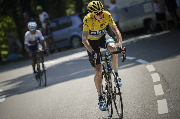 Great Britain's Christopher Froome (R) and Colombia's Nairo Quintana ride in the last hill during the 167 km tenth stage of the 102nd edition of the Tour de France cycling race on July 14, 2015, between Tarbes and La Pierre-Saint-Martin, southwestern France.   AFP PHOTO / JEFF PACHOUD        (Photo credit should read JEFF PACHOUD/AFP/Getty Images)