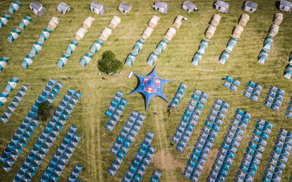 Acampamento Brasil Ride em Guaratinga. Foto: Fabio Piva