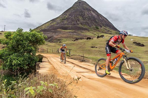 Sebastian Fini (dir) e Martins Blums  (Marcelo Rypl / Brasil Ride)