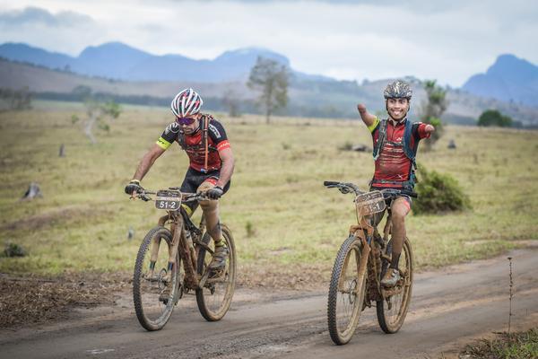 Bruno Paim e Everson Batista  (Fabio Piva / Brasil Ride)